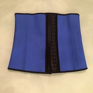 NWT BLUE Waist Trainer Shapewear — Medium